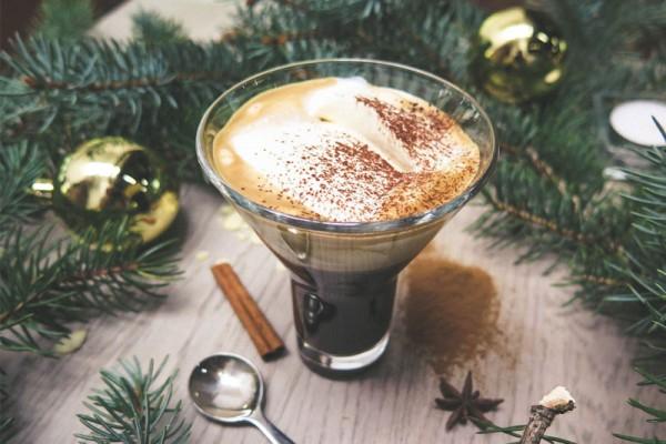 Weihnachten-Eiskaffee